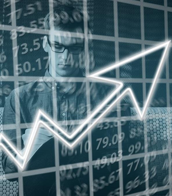 Inscríbete en el Máster en Mercados Bursátiles y Derivados Financieros de la UNED